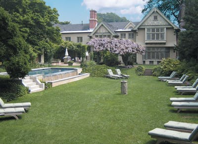 hamptons the baker house lawn chairs pool 400