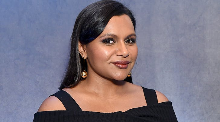 The Hilarious Way Mindy Kaling Hid Her Pregnancy from Her 'Oceans 8' Costars Is Actually Genius