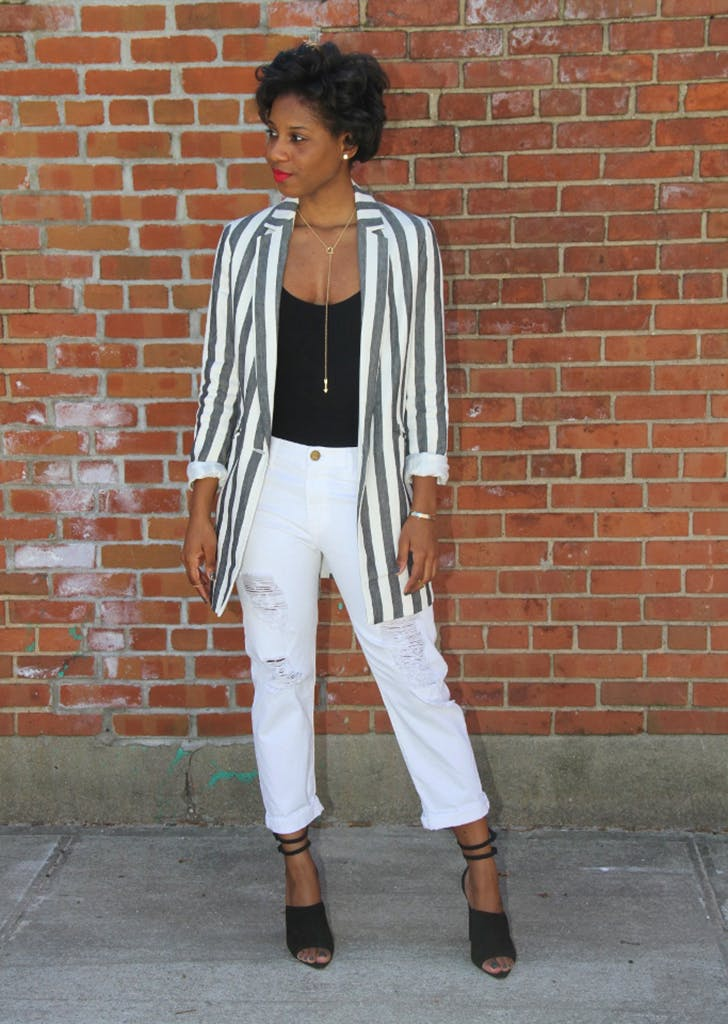 7ace95bfba 30 White Jean Outfits to Wear This Summer - PureWow