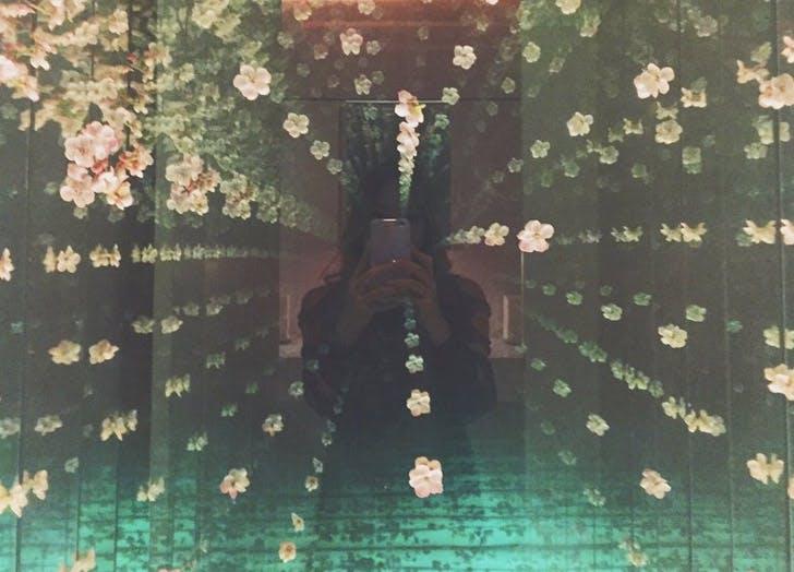 morimoto flowers mirror selfie