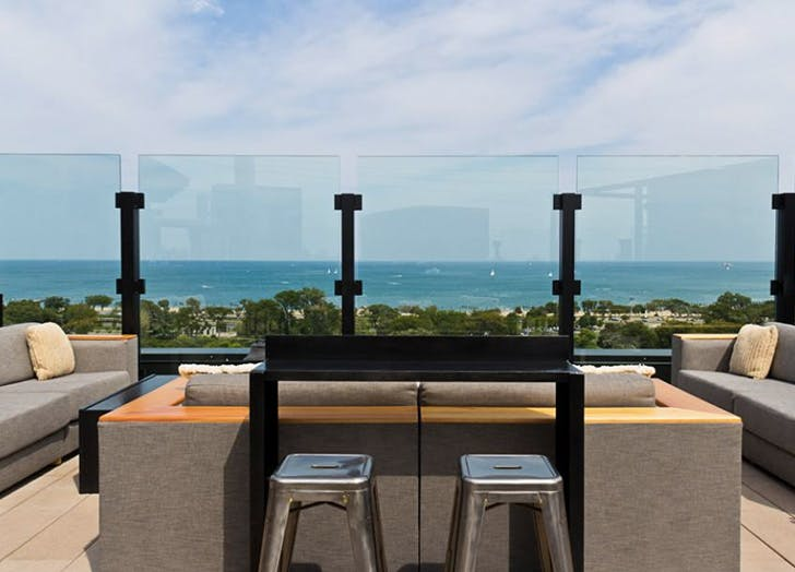 rooftop bar chicago ocean1