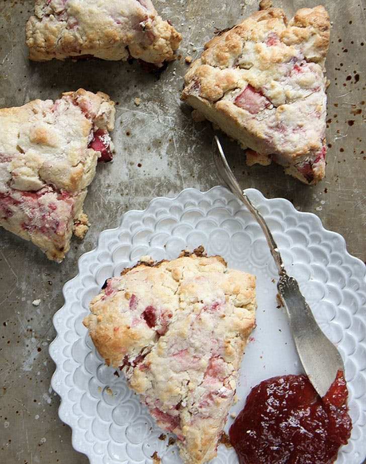 strawberry rhubarb scones recipe