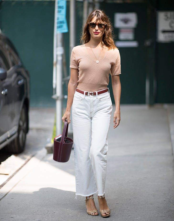 4c291314f56 fashion-jackson-zara-ripped-jeans-white-heels-banana- … woman wearing  tshirt belt and white jeans