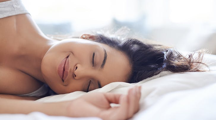 Self-Cleaning Sheets Exist, and They May Be the Secret to Clear Skin
