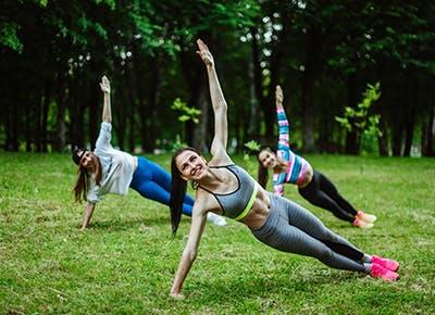 women fitness grass 400