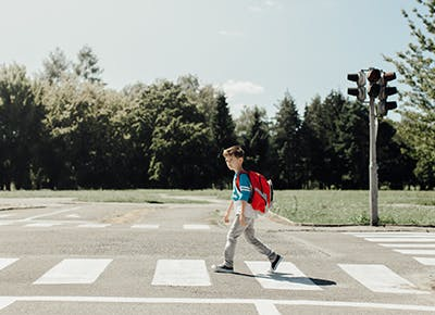 at what age should I let my child cross the street alone 400