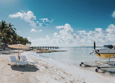 beach plane Seats sky 400
