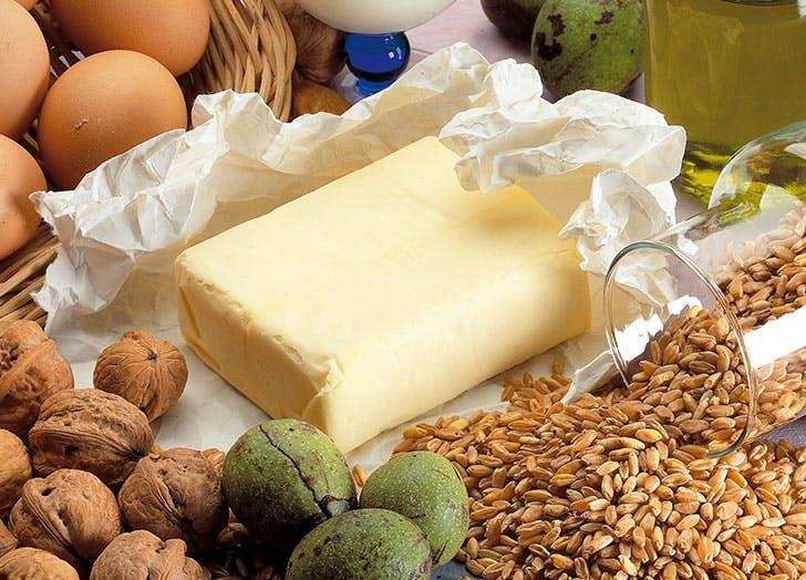 butter eggs nutts table