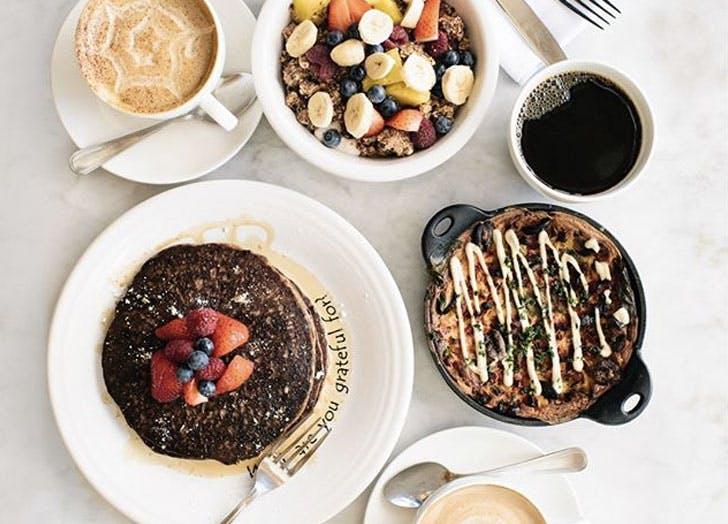 cafe gratitude restaurant brunch