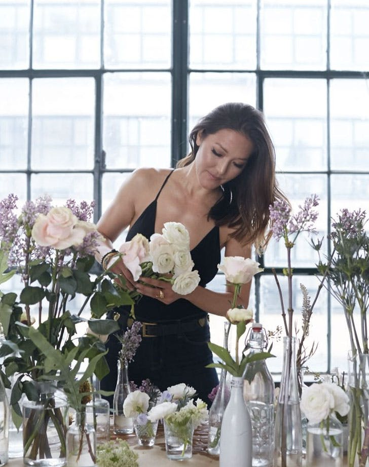 candice kumai arranging flowers