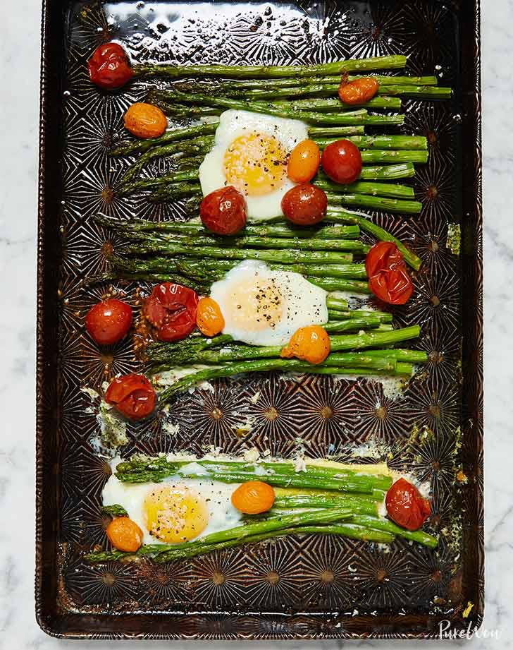 eggs asparagus one pan