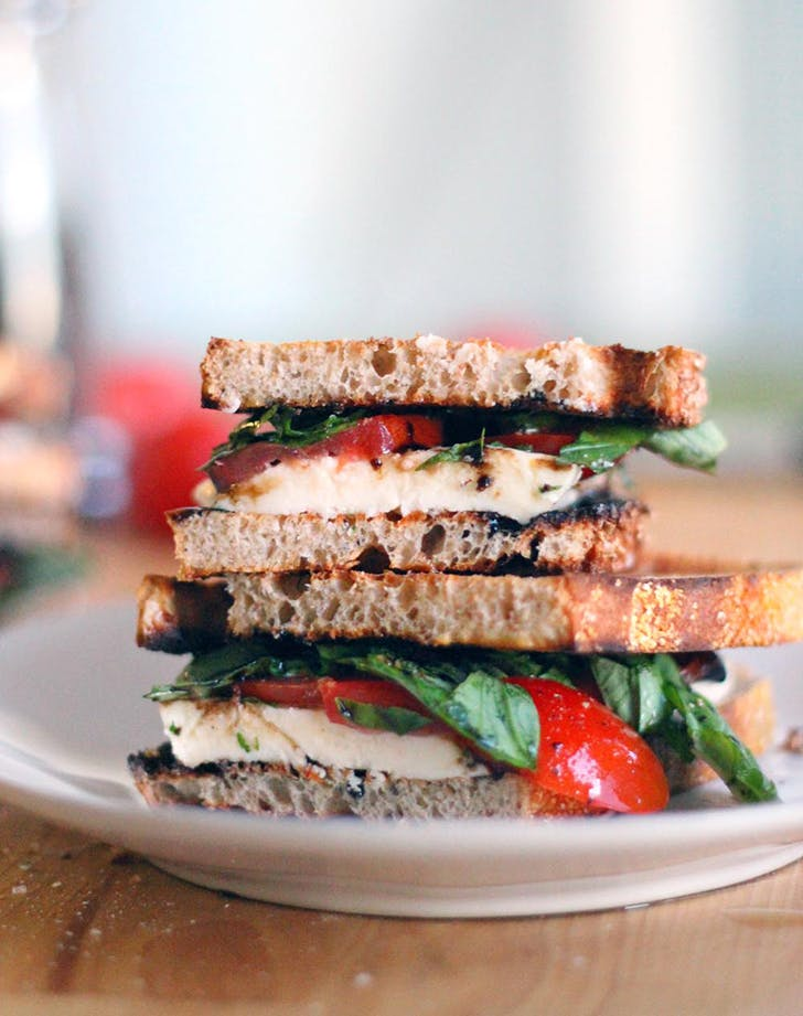 fresh mozzarella tomato basil sandwiches balsamic glaze recipe