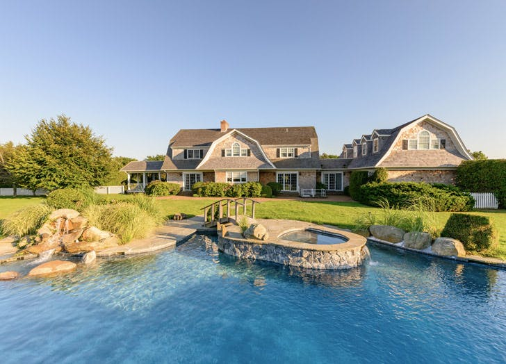 hilton home hamptons pool bridge
