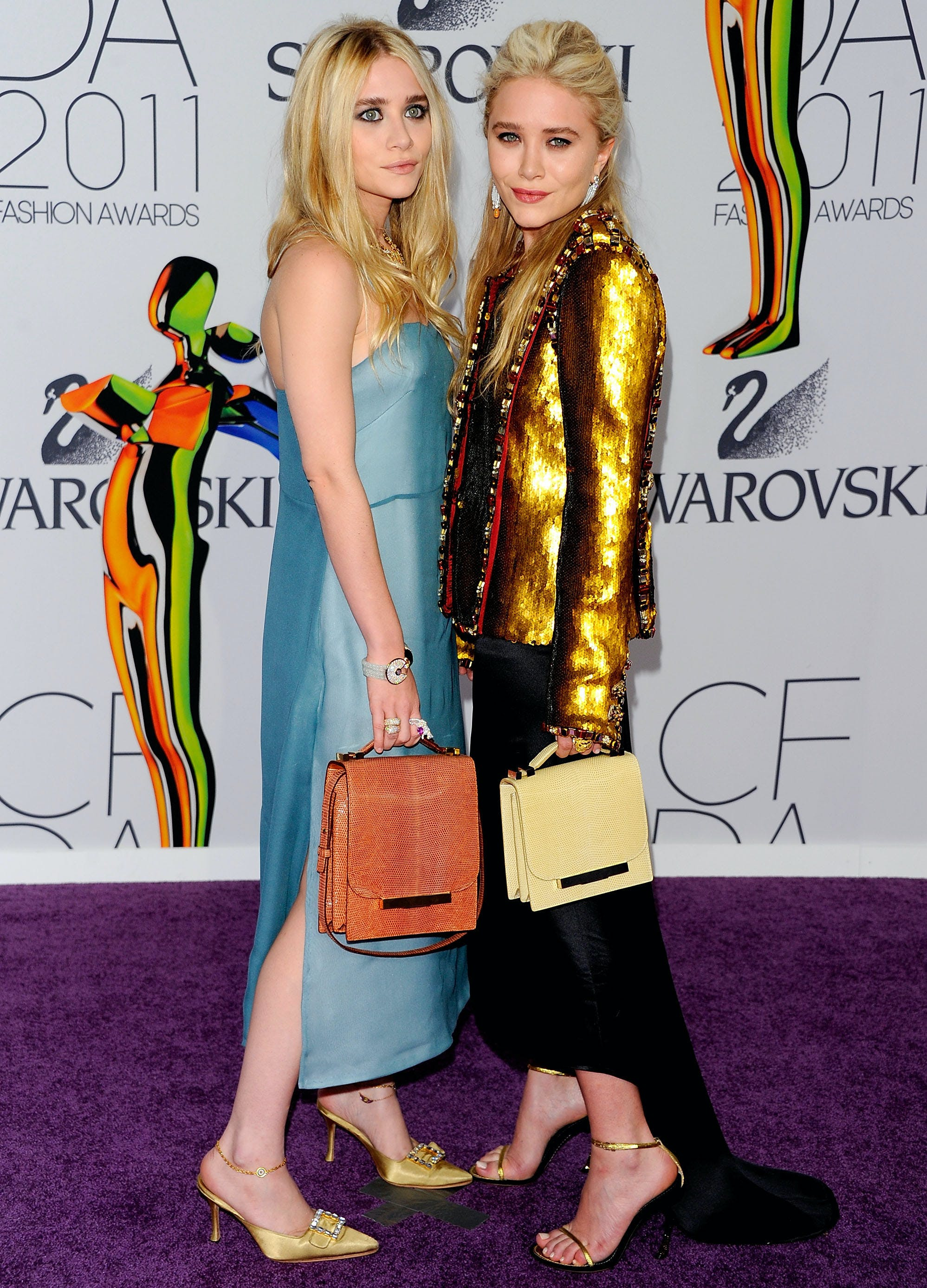 mary kate and ashley olsen in 2011