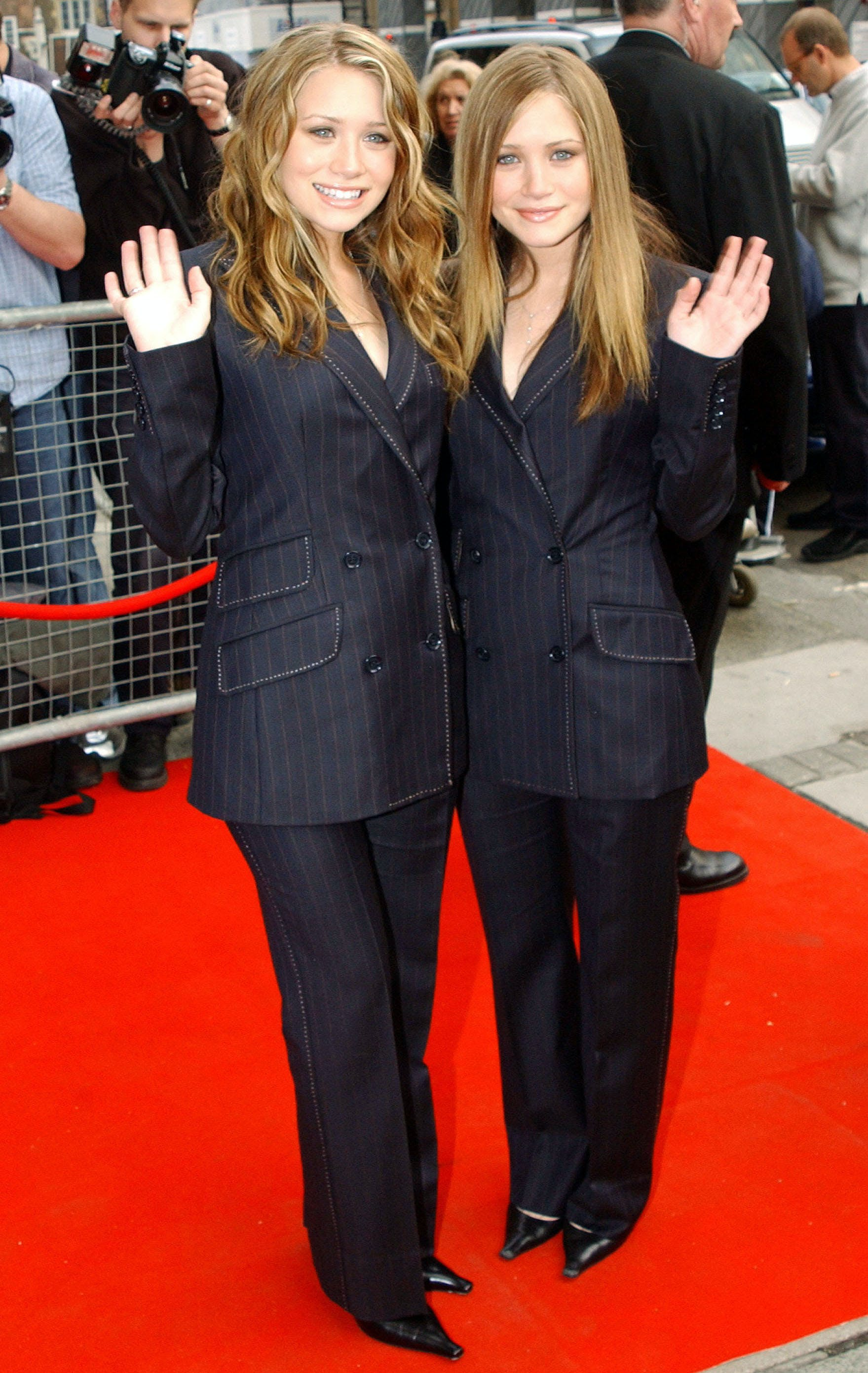 mary kate and ashley olsen wearing suits in 2002