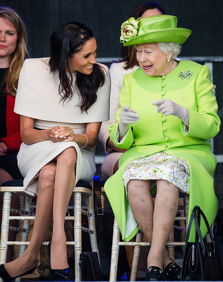 meghan markle queen elizabeth chatting