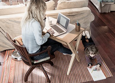 mother working from home 4001