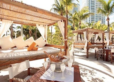 nikki beach miami canopy champage pillows 400