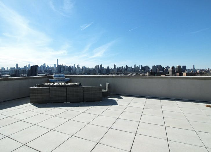 one bedroom astporia rooftop skyline