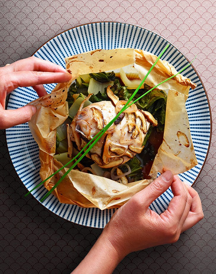 20 chinese recipes that are on the whole30 diet purewow paper wrapped chicken recipe forumfinder Image collections