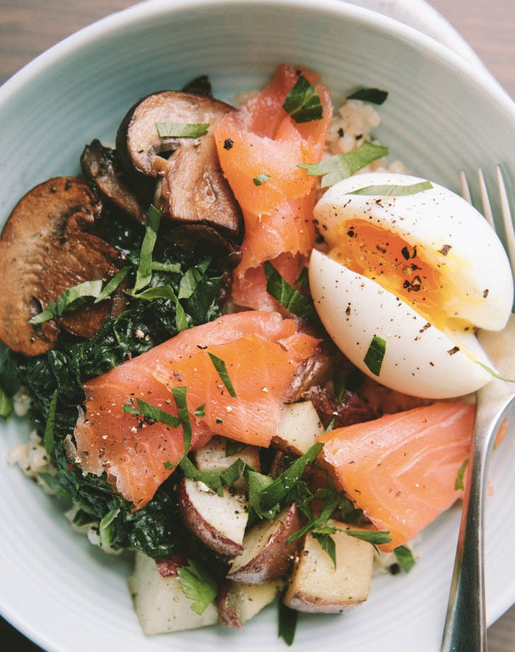 smoked salmon breakfast bowl recipe
