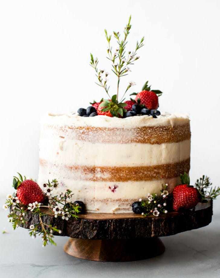 vanilla naked cake fresh fruit