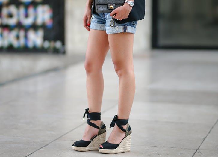 woman wearing wedge espadrilles