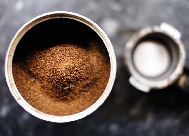 Ground coffee grounds in can