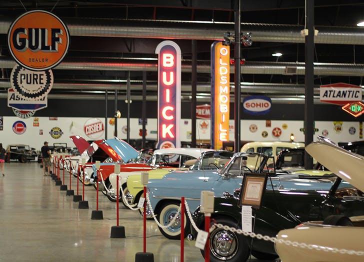 Mississippi Tupelo Automobile Museum