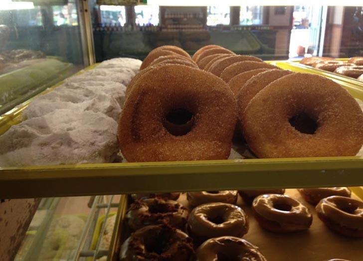 Patterson Fruit Farm donuts1