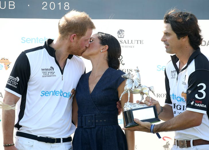 Prince Harry Meghan Markle kiss passionately at Sentebale Polo Cup