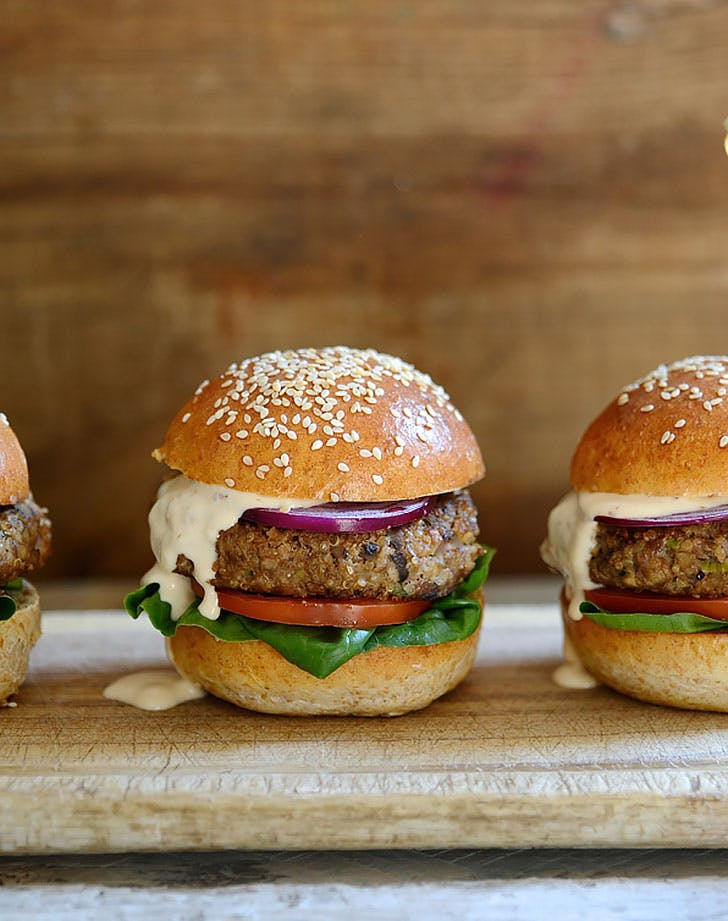 beef burgers mushrooms chipotle mayo recipe