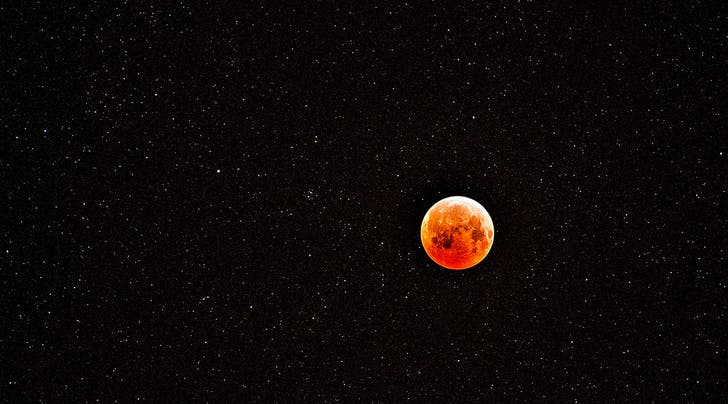 Julys Blood Moon Is a Once-in-a-Century Event—Heres Why