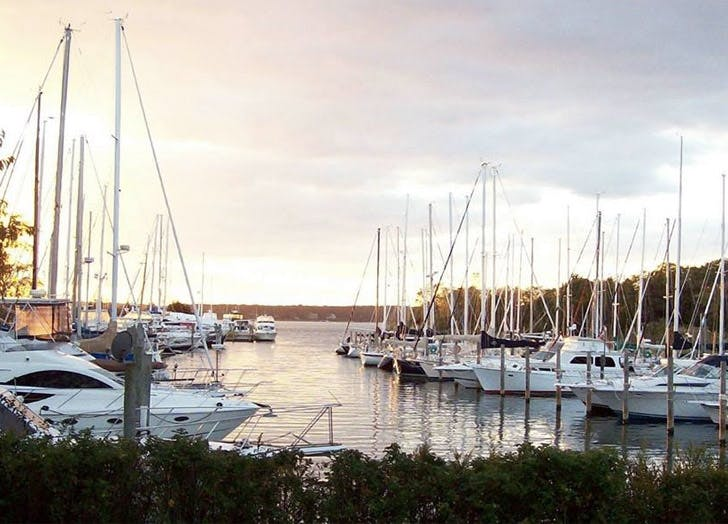 boats water harbor bistro sunset