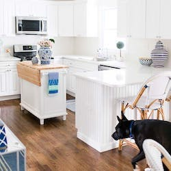 bright white kitchen trimwork