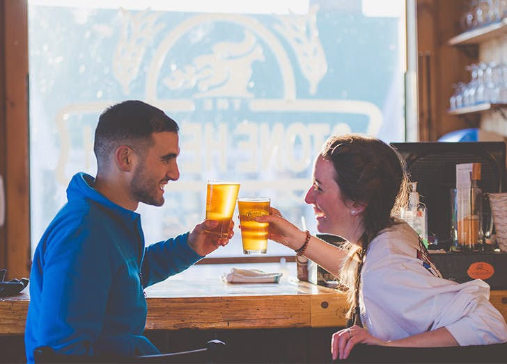 couple drinking beer date idea