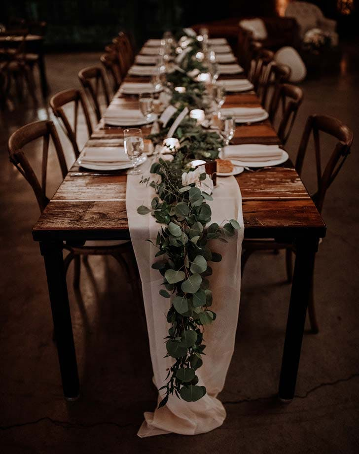 greenery table runner wedding