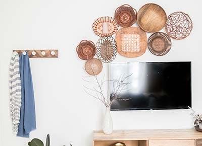 hide tv trick gallery wall 400