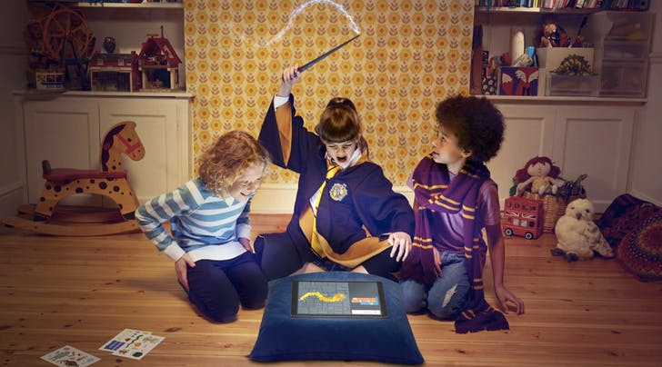 This Official 'Harry Potter Wand Teaches Kids a *Magical* New Skill