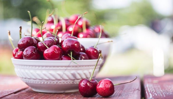organic vs non organic cherries