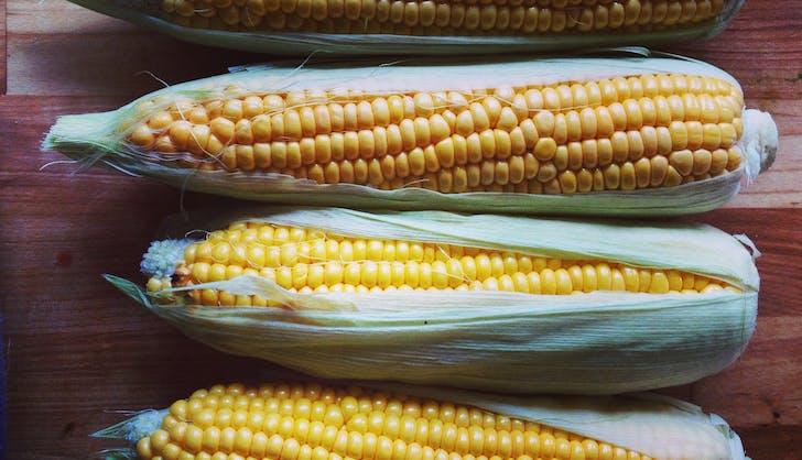 organic vs non organic corn