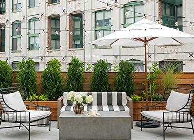 rooftop patio with umbrella 400