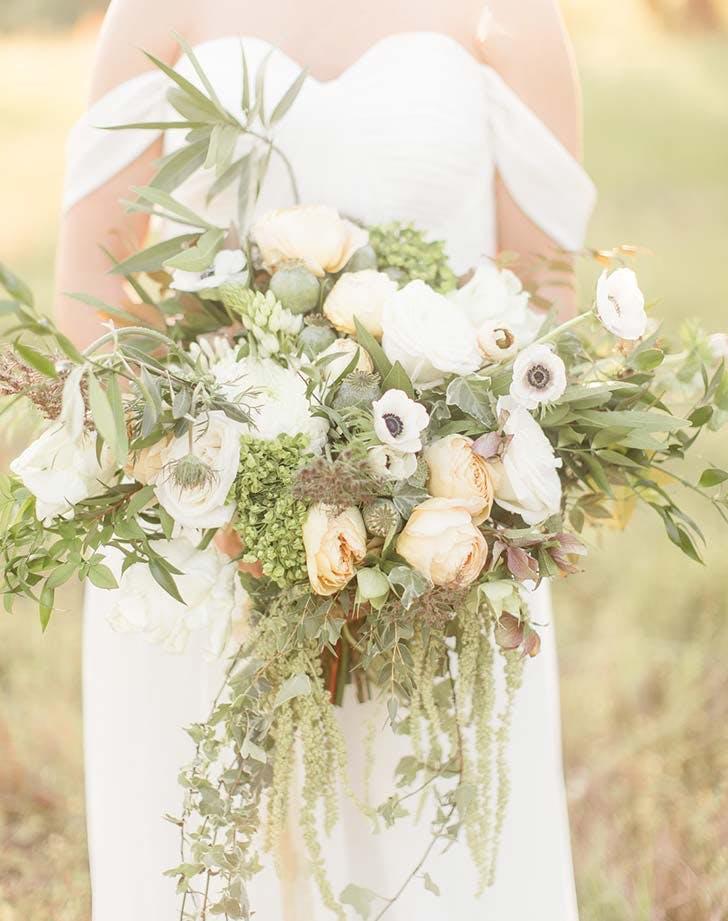 white monochrome wedding bouquet