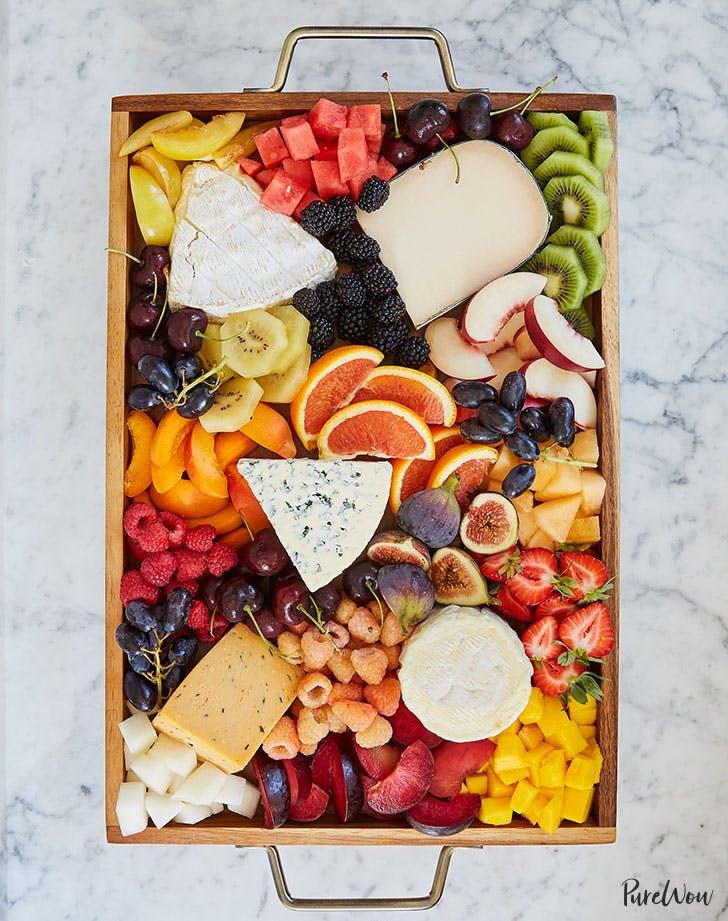 How to Make a 'Fruicuterie' Board