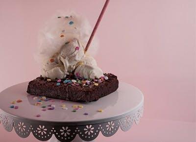 brownie ice cream sprinkles pink 400