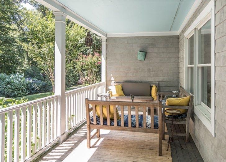 hamptons quiet AMAGANSETT home porch