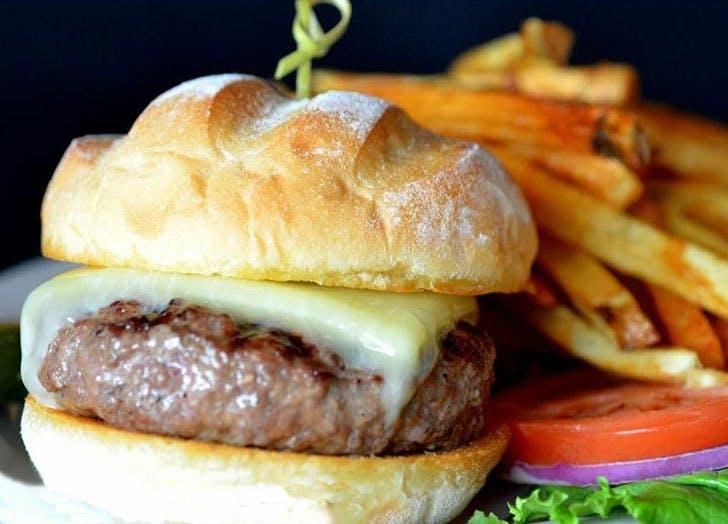 macphail classic burger
