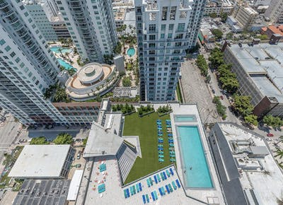 miami apartments pools 400