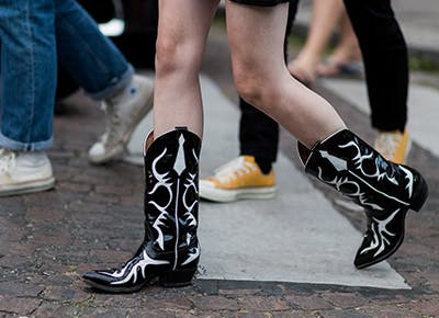 western cowboy boots are trending 400