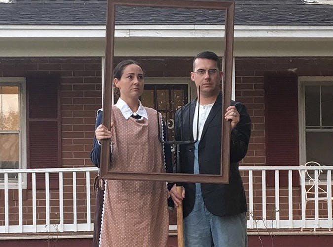 Halloween Costumes For Couples Funny.15 Funny Couples Costumes For Halloween Purewow
